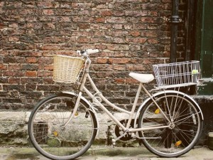 vintage bicycle against a wall